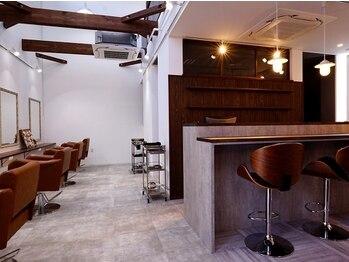 ヘアールームキュー(HAIR ROOM quu+)の写真/今人気の隠れ家風カフェサロン!!お客様が本来持っている美を見つけ出し、引出し、活かす空間《quu+》