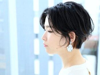 アーロン(aaron)の写真/【大須観音徒歩4分】 都会的な上品×褒められショート。毎日一緒に過ごすヘアスタイルを好きになれる。