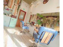 ピース 吉祥寺(Piece)の雰囲気(海の近くのカフェの様な店内♪【吉祥寺Piece】)
