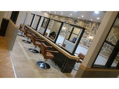 アーサス ヘアー デザイン 燕三条店(Ursus hair Design by HEAD LIGHT)の写真