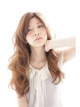 イソラヘアアトリエ(Isola hair atelier)【Isola】ラフリッジ×ロング