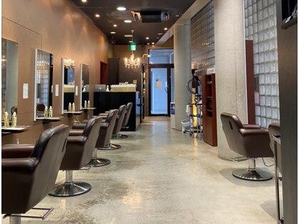 シフト メンズ オンリー サロン 薬院店(SHIFT Men's only salon)の写真