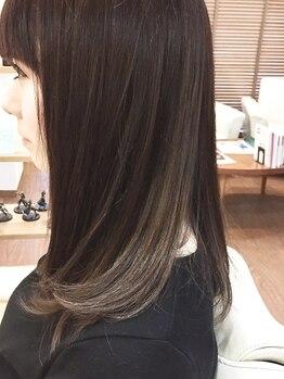 ナンバービー(no.B)の写真/ダメージヘアを修復する成分を豊富に含んだ、極上のTOKIOトリートメントで憧れの美しい艶ヘアに☆