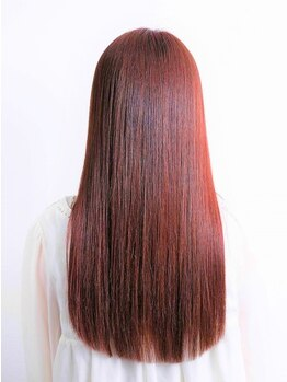 ビューティーリゾートオルオル(BEAUTY RESORT oluolu)の写真/髪のダメージを最小限に抑える縮毛矯正!!モデルさんみたいなしっとりツヤツヤのストレートヘアへ☆
