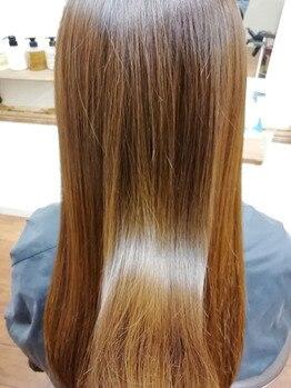 ヘアーアンドネイル フーガ(hair & nail fuga)の写真/リピート者続出!!しっとり潤艶の仕上がりが持続!こだわりのトリートメントであなたの髪もうっとり美髪に♪