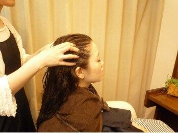 ヘアーサロン ノルテ(Hair Salon NORTE)の写真/大好評!!【極上ヘッドスパ ¥6480(SB込)】ケアのプロNORTEが贈る極上マッサージ×頭皮ケアの至福のスパ!