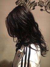 ヘアーショップ オズ(hair shop oz)アッシュブラック