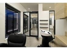 シェリー(Shelly)の雰囲気(半個室完備でプライベートな空間での施術が受けられます。)