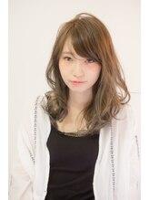 ココヘアー(CoCo hair)小顔なフェミニンスタイル