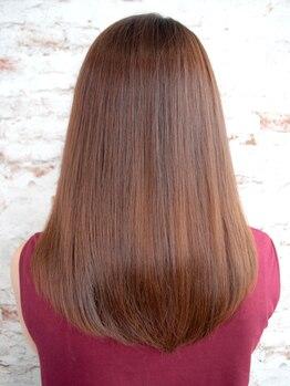 シェルブルー(CiEL BLEU)の写真/一人ひとりに合わせた【CiELBLEU】オリジナル髪質改善縮毛MENUで髪のお悩み解決◎毛先まで艶のある髪に♪