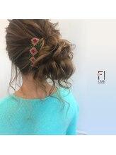 ヘアーメイクアンドネイル エフプラス(hairmake&nail F PLUS)【F PLUS!-エフプラス-】サイドアップ