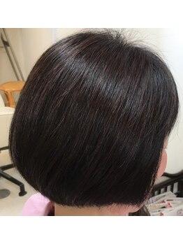 ヘアークラフト サン 住吉店の写真/大人女性にオススメ!髪や頭皮に優しい弱酸性カラーで、潤いを保ちながらツヤのあるカラーに♪