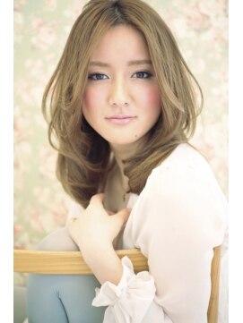 シークレット(Secret).外国人風ハイトーンベージュのセンターパートのセミロング☆