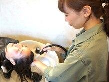 流行発信地、青山原宿の有名美容室で数多くのキャリアを積んだディレクターが手がけるヘアサロン