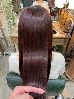 ソレイユ 新宿御苑前 (SOLEIL)の写真/繰り返すほど自然なストレートを実現する【髪質改善ストレートエステ】で、ダメージレスなのにツヤ髪が叶う