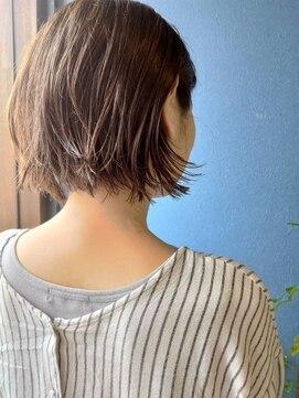 クブヘアー(kubu hair)《Kubu hair》大人ナチュラルボブ
