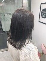 レムアサガヤ(REM-asagaya-)外ハネミディアムヘア/透明感グレージュカラー