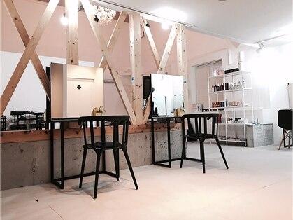 シンプルカラーショップアンドグッズ 岡田店(sinple color shop & goods)の写真