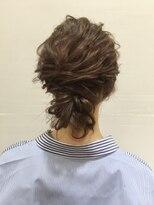 ブルックリンヘアー(BROOKLYN HAIR)波ウェーブアレンジスタイル