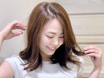 サロンドローザ(salon de ROSA)の写真/[月曜営業]大人女性の魅力が引き立つ上品な髪色に◎お手頃価格で、洗練されたアナタだけの色味をご提供♪