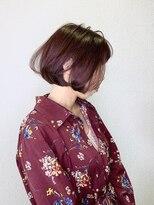 シェリア(Shelia)ぱつっとラインボブ×ローズレッド [Shelia町田]