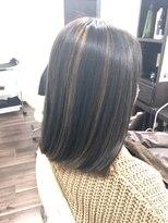 ヴィオレッタ ヘアアンドスペース(VIOLETTA hair&space)ハイライト×ボブ