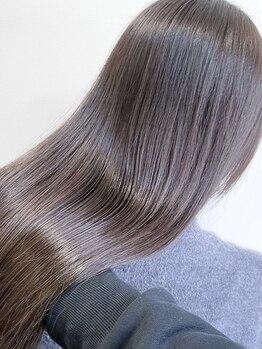 シェノン 心斎橋(CHAINON)の写真/【心斎橋駅徒歩1分】本格ケアで髪質を改善!こだわりの厳選トリートメントでダメージレスな美髪が叶う♪