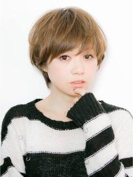 顔が大きい女性に似合う髪型12選・輪郭・髪の長さ・小顔対策