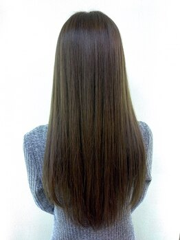 スリー ヘア ラウンジ(THREE hair lounge)の写真/【憧れのうる艶ストレート♪】低刺激の薬剤を使用◎ダメージが気になる方や強いクセ毛の方も対応可能!