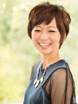リリーズガーデン(lilys GARDEN)の写真/圧倒的なリピート率!しっかり染めたい方や気になりだした白髪に悩んでいる方もお任せください。