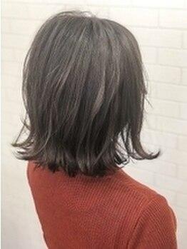 エイルヘアーホノ(EIL hair Hono)の写真/【西梅田徒歩1分】ダメージレスな薬剤を使用し、透明感のある艶やかな仕上がりに♪《カット+カラー¥3900》