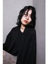 絶対に似合う黒髪パーマスタイル