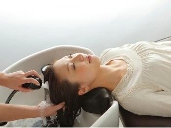 美容室 和の写真/炭酸泉で頭皮のエイジングケア。毛髪に「ツヤ」が蘇ります☆