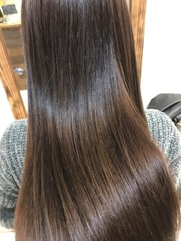 リノア(LINOA)の写真/【縮毛矯正/ストレート/髪質を改善できるクリーム】3種から髪質に合わせお客様が求めているStyleを実現◎