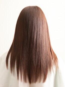 ニームヘアー(nim hair)の写真/誰もが憧れる指通りの美しいツヤ髪♪ツヤツヤぷるんな仕上がりで、自信の持てる後ろ姿へ◎