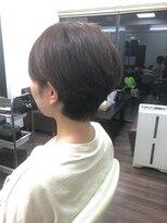 ヴィオレッタ ヘアアンドスペース(VIOLETTA hair&space)ショートカット×ブラウンカラー×耳掛け[塚口美容室]