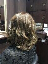 髪の美院 シャルマン ビューティー クリニック(Charmant Beauty Clinic)ゴールドアッシュ