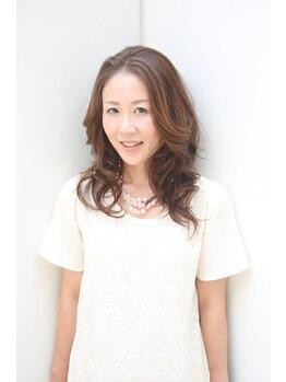 カラーオンカラーの写真/明るい白髪染めもお任せを♪【コスメカラー(リタッチ)¥3,780~】【ウォーターカラー(リタッチ)¥3,240~】