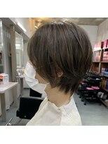 【前髪あり×ハンサムショート】ハーブカラー グレーベージュ