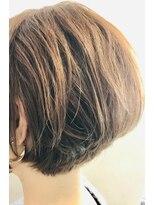 クロムヘアー(CHROME HAIR)ふんわりショートボブ