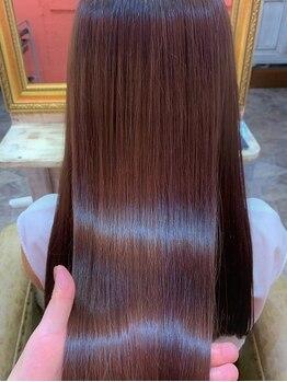 エヌトゥーナ 表参道(Ntuna)の写真/表参道◇【髪質改善】限りなくダメージレスに。従来の縮毛矯正のイメージが変わるナチュラルストレートへ。