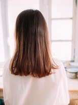 前髪センターパートロブ