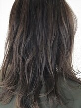 ヘアーデザインキゴウ(hair design kigou)ナチュラルグラデーションミディアム