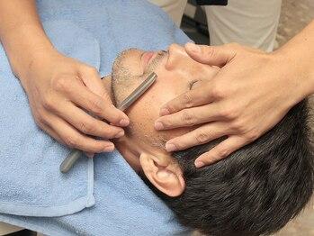 ヘアーサロン イシマル(Hair Salon ISHIMARU)の写真/《BarBerサロンならではのシェービング技術》ISHIMARUのお顔やヒゲ剃り&眉の身だしなみをご体験下さい。