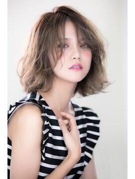 ヴェローグ シェ ブー(belog chez vous hair luxe)シースルー感を出すと一気に雰囲気も変わります!