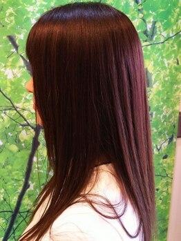 クロスロード(CROSS ROAD)の写真/感動の≪美髪≫は口コミでも人気☆頭皮・髪を根本からケアするサロンで長年の経験を持つスタッフが在籍!