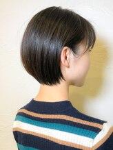 ウィロー(WILLOW)【WILLOW】すきバサミを使わない髪質改善ショート(井下貴史)