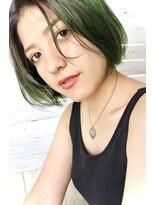 ボンアミ(bon ami)グリーンカラーショートボブ