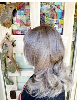 ヘアーメイク デコ トウキョウ 大島店(hair make Deco. Tokyo)の写真/本場アメリカ・ロンドンから直輸入★ダブルカラ―やグラデーションなどあなたのご希望をすべて叶えます♪
