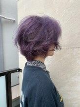 ヘアーアンドメイクランプ(Hair & make Lamp)ブリーチパープルカラー